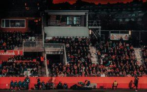 Aficionados al deporte en un estadio