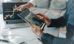 Oprogramowanie aplikacji do handlu akcjami